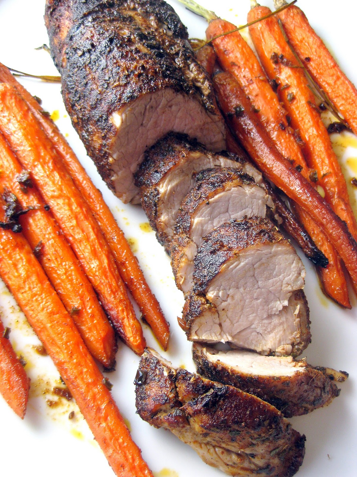Spice-Rubbed Pork Tenderloin with Roasted Carrots | A Hint of Honey