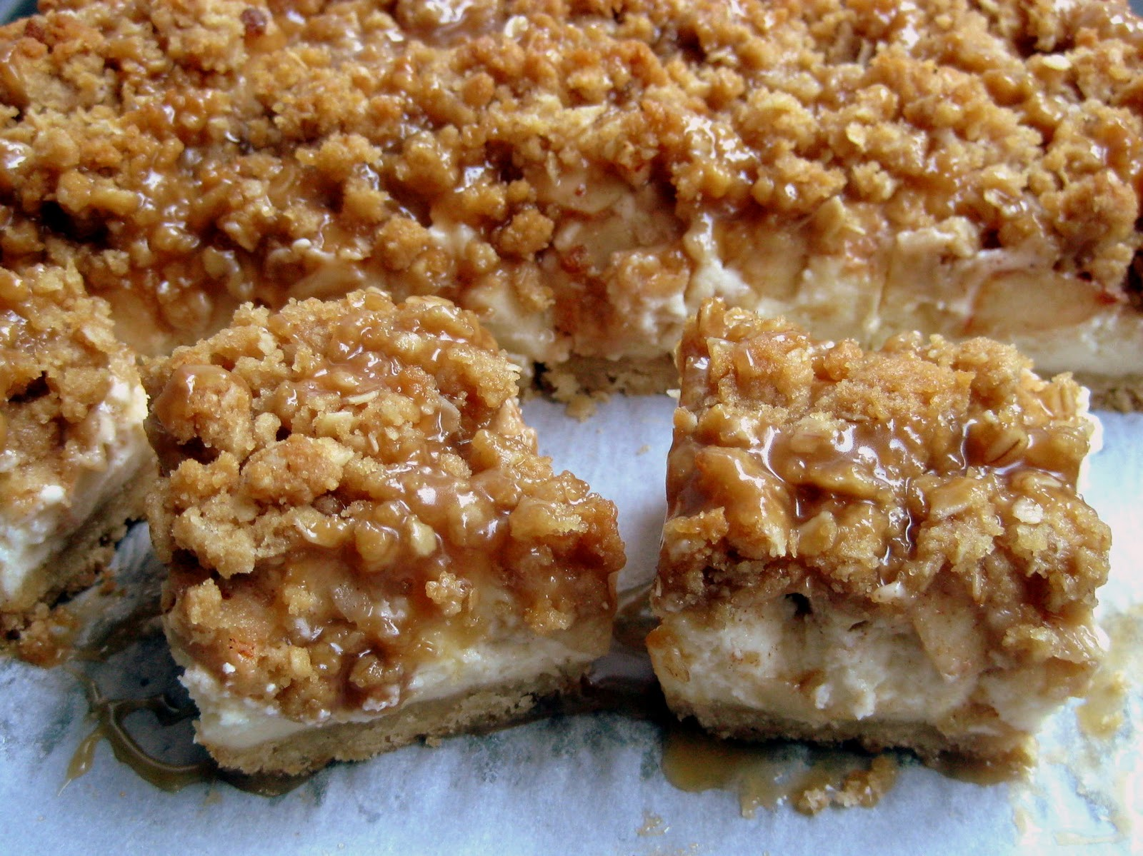 Caramel Apple Cheesecake Bars | A Hint of Honey